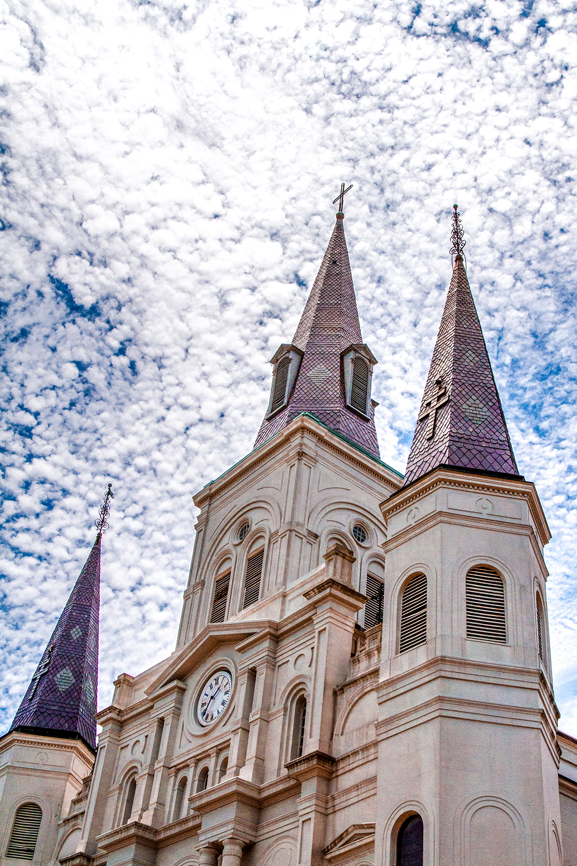 the history of st louis cathedral Old cathedral – were saved by a quick-thinking fireman st louis' appreciation of its history is reflected in the number of historic home tours held.